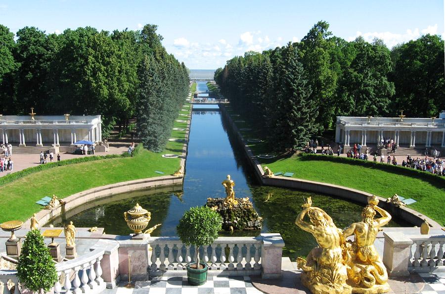 12C2 28229 - Qual melhor época para ir em São Petersburgo