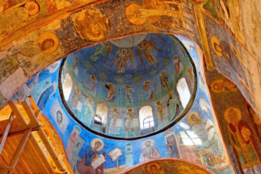 14 - A cidade russa de Pskov