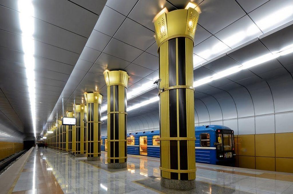 brasileiros na siberia 3 1024x680 - O metrô em Novosibirsk