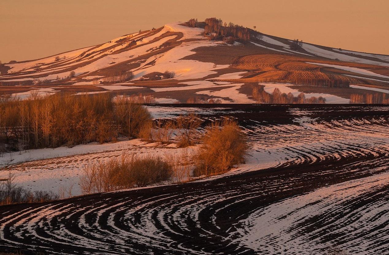 2 4 - 10 locais no Altay que vale a pena visitar
