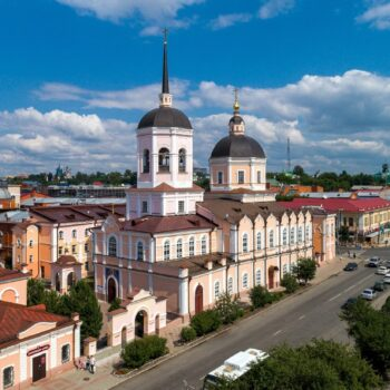 350x350 - Rússia-Tomsk e as igrejas