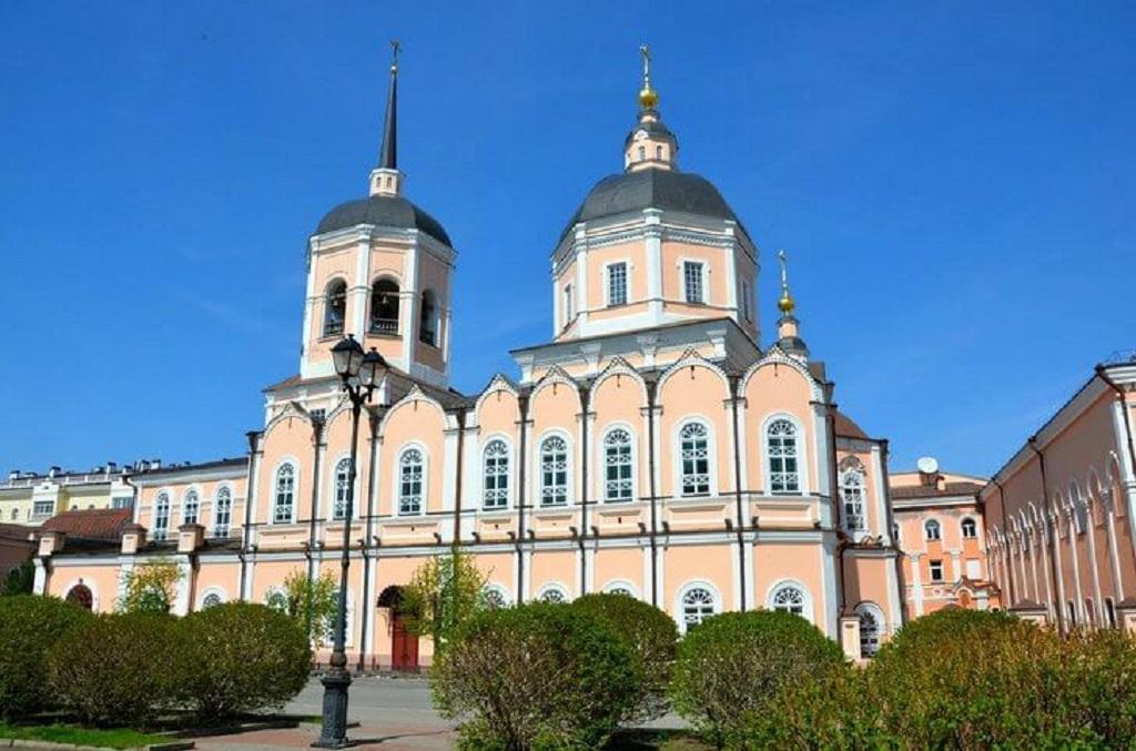 2 10 - Rússia-Tomsk e as igrejas
