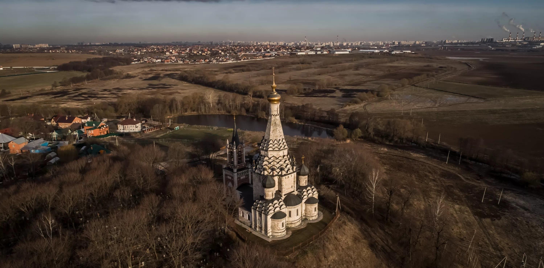 7 5 - Igreja do seculo 16 na Rússia